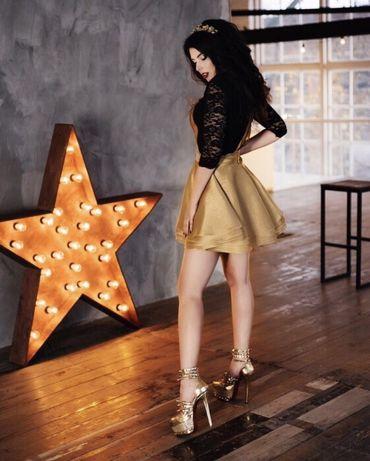 Продам золотистую юбку
