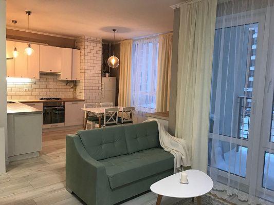 Оренда 1 кімнатної квартири в новобудові по вул.Наукова