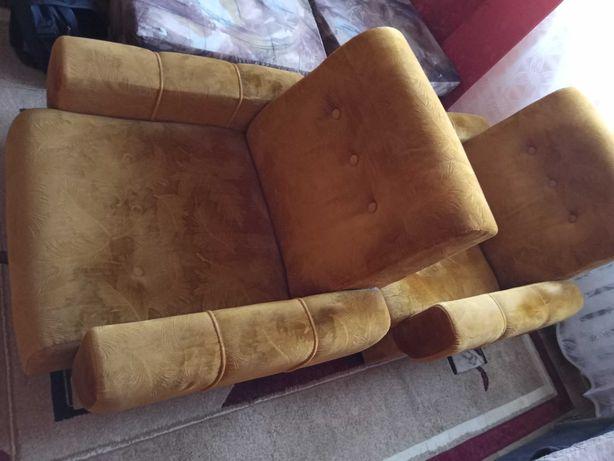 Dwa fotele używane - stan bardzo dobry