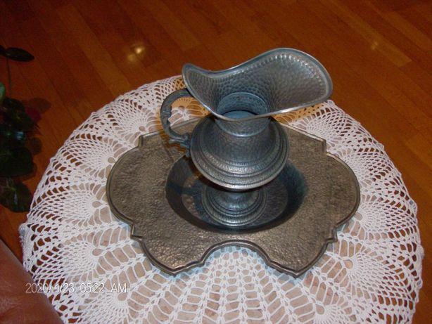 Taça com jarro para adorno