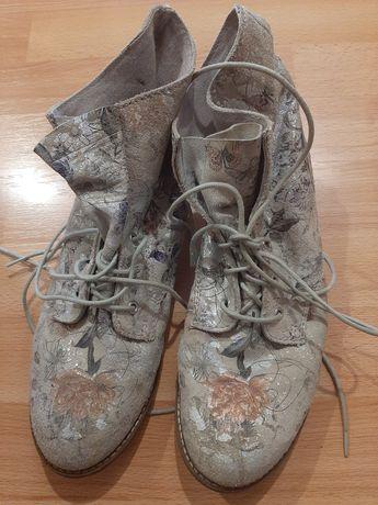 Ботинки деми. Р.39.
