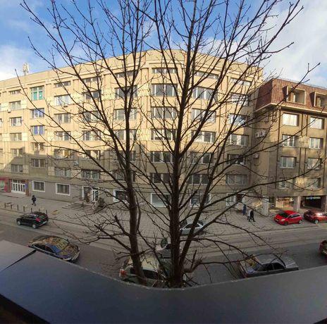 Продаж квартири в центрі