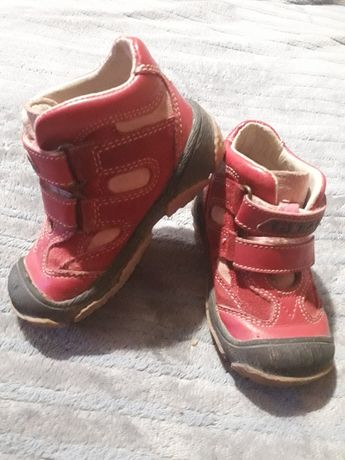 Ботиночки фирмы Bartek для девочки
