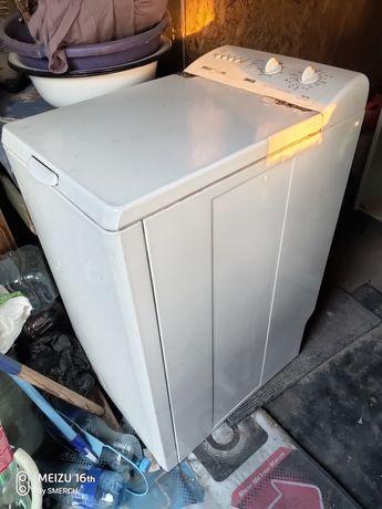Стиральная машина Zanussi ZWT385