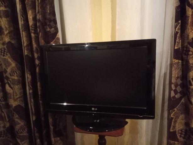 Телевизор 32 LG 5000-ZA.
