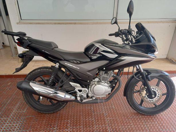 Mota Honda CB125F (mota de garagem)