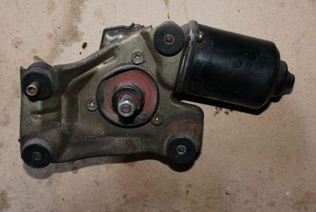 Привод (моторчик) стеклоочистителей Mazda 626 GE (1992-1997)