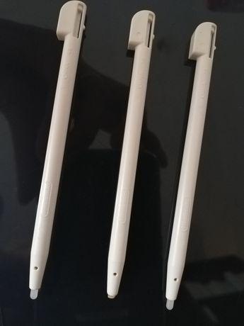 Vendo 3 canetas stylus para Nintendo DS Lite