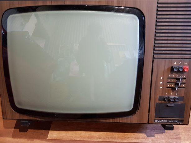 Stary telewizor Unitra Antares 23