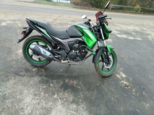 Продам мотоцикл ліфан 200