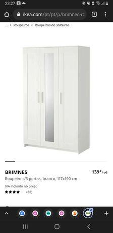 Roupeiro branco com 3 portas e espelho em ótimo estado