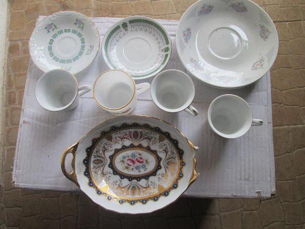 pratos e chavenas