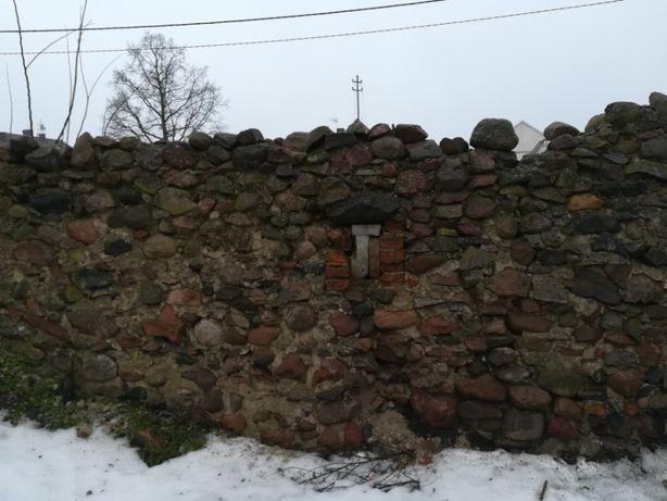 Oddam kamień za rozbiórkę ściany