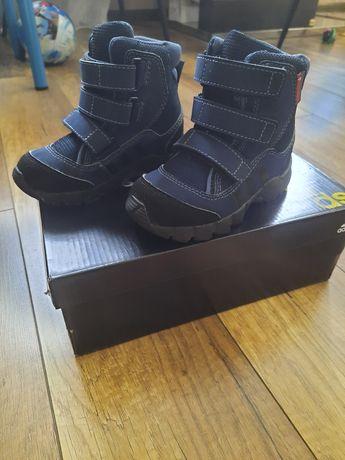 Зимние сапоги Adidas 24