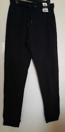 George Nowe spodnie dresowe r. L kolor czarny