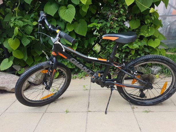 Sprzedam rower  GIANT stan idealny!!