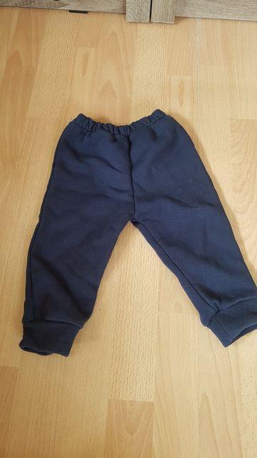 Spodnie ocieplane rozm 80