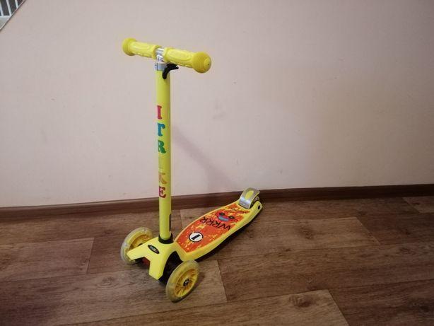 Самокат трёхколёсный iTrike с выдвижной ручкой
