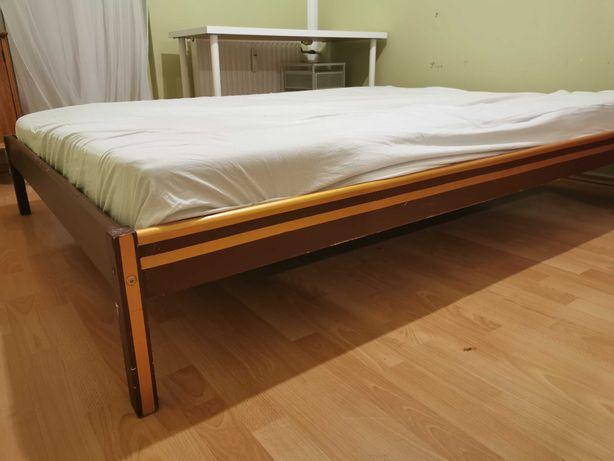 Łóżko z materacem oddam za darmo REZERWACJA