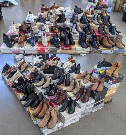 Venda de lote de calçado (Mulher/Homem/Criança)