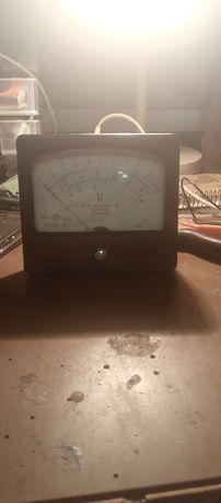 Измерительная головка М1690А-35.Вольт-метр .Рабочая