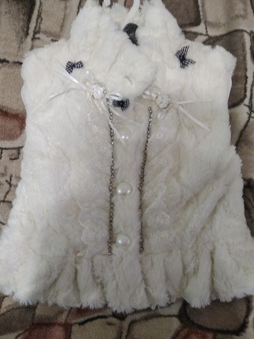 Нарядная меховая жилетка Красноармейск - изображение 1
