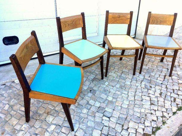 Cadeira olaio vintage 43comp X 43prof X 77alt