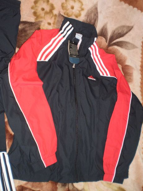 Новий спортивний костюм Адідас/новый спортивный костюм Adidas