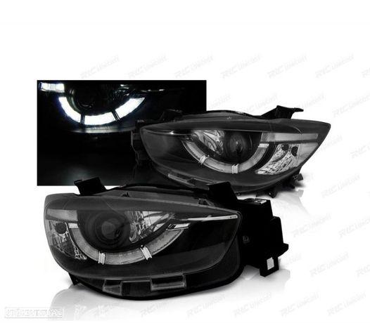FARÓIS LED TRU / DRL MAZDA CX5 11-15 BLACK (PRETO)