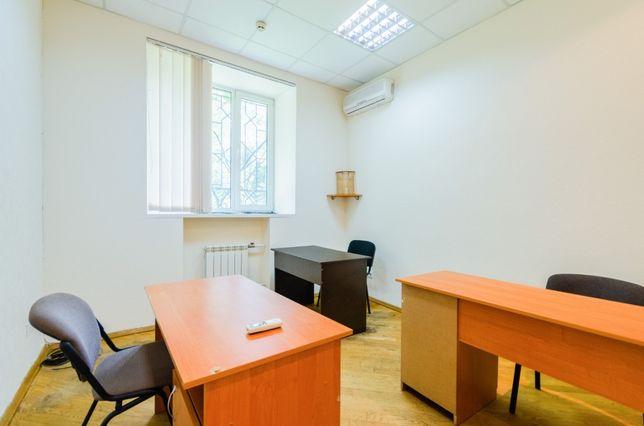 Новый офис 15м2 мебель в уютном БЦ на Голосеевском проспекте