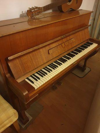 pianino legnica, sprawne