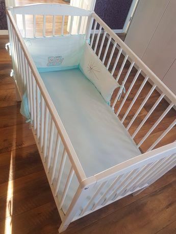 Łóżeczko dziecięce z wysokiej jakości materacykiem + gratisy