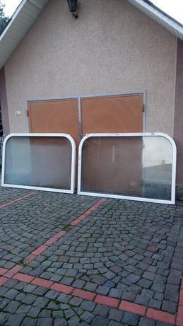 Два металопластикові двокамерні вікна .