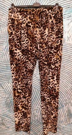 Świetne spodnie rozmiar 48-50