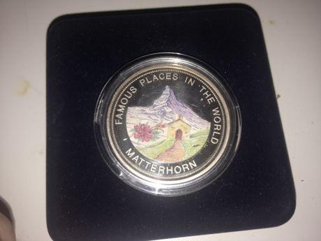 Монета серебро с эмалью 999 Uganda 2000 shillings