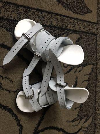 Ботиночки для брейсов Mitchell, р3.