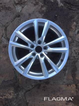 Диск колесный Audi A3 Ауди А3 от2013-гг. 17R 7.5JX17H2 ET43 8V06