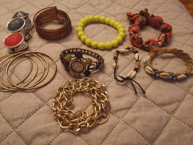 Zestaw biżuterii 9 rzeczy, zegarek i 8 bransoletek damskich