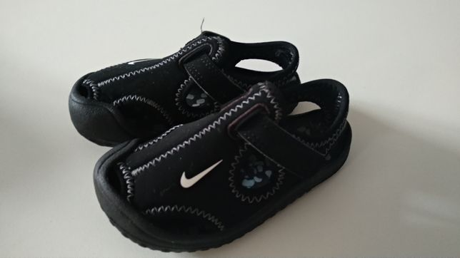 Buty, sandały Nike Sunray Protect, kolor czarny, rozmiar 22