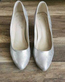 Srebrne buty ślubne firmy Brilu
