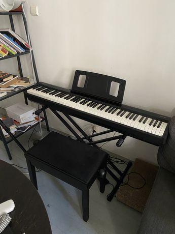 Pianino cyfrowe Roland FP-10 jak nowe + stojak + ławka