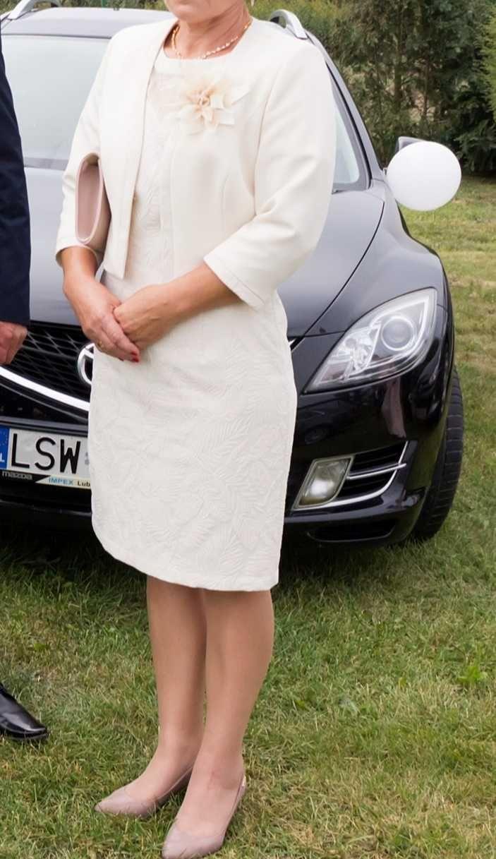 Piekna sukienka z zakietem