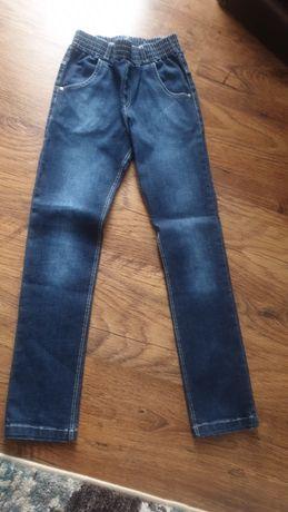 Nowe Spodnie dżinsowe GT r. 128
