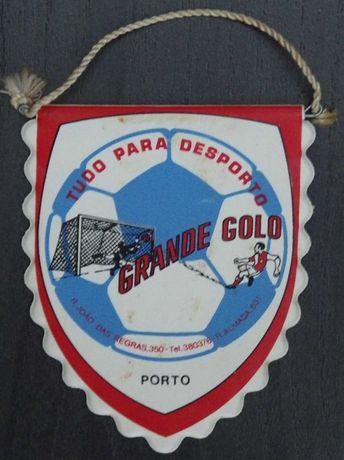 2 Galhardetes: Grande Golo - Porto