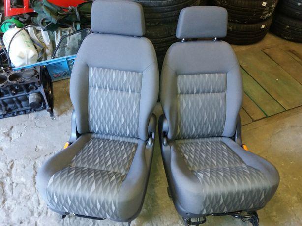Ford Galaxy mk2 Sharan Fotel Siedzenie Fotele Tył