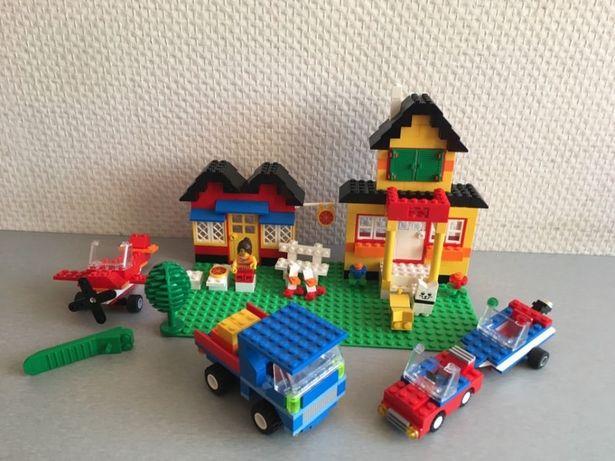 Zestaw Lego 5508 - pizzeria, dom, auto, holowanie łódki, helikopter