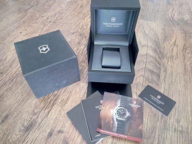 Pudełko i akcesoria Victorinox INOX I.N.O.X do zegarek zegarka