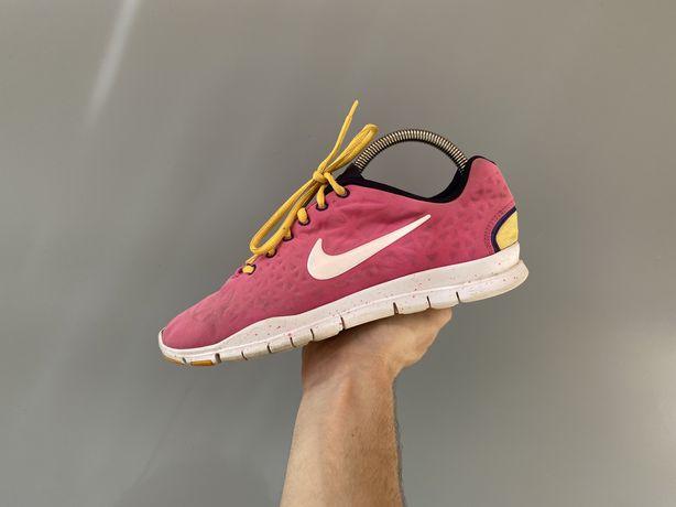 Размер 40 25 см Женские кроссовки Nike Free TR Fit 3