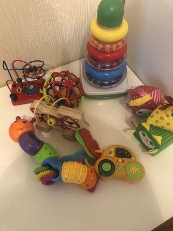 Продам фирменные детские игрушки chicco