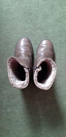 Ботинки зимние из натуральной кожи.